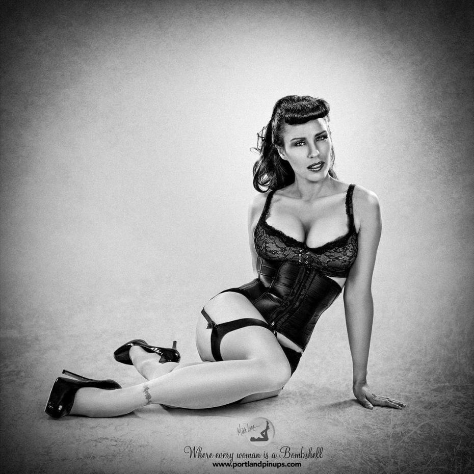 MONDAYShake off the lockdown, let my creative team bring out your inner bombshell! At Portland Pin-Ups, we believe that EVERY woman is a bombshell, and we love our clients! We appreciate that visiting a professional photographer is rare these days and thank you for choosing us to capture your beauty.Professional hair styling, make-up artistry, lighting, 20 years of posing experience and industry leading retouching...the Portland Pin-Ups Magic. It