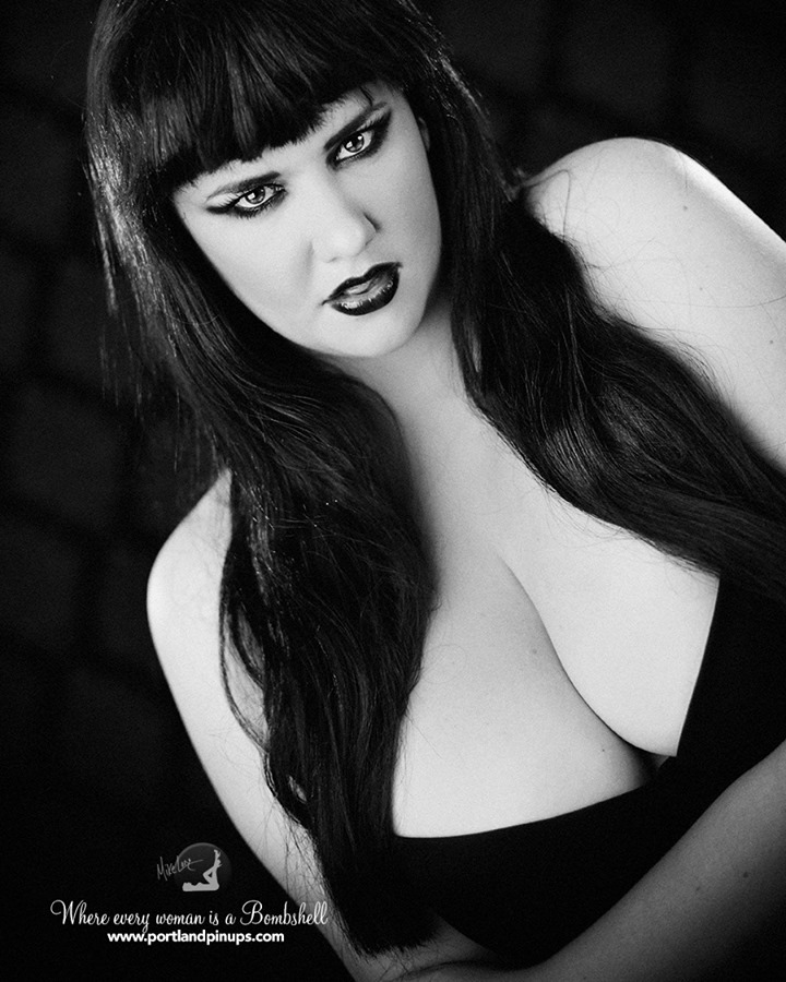 FIESTY....At Portland Pin-Ups, we believe that EVERY woman is a bombshell, and we love our clients! We appreciate that visiting a professional photographer is rare these days and thank you for choosing us to capture your beauty.Professional hair styling, make-up artistry, lighting, 20 years of posing experience and industry leading retouching...the Portland Pin-Ups Magic. It