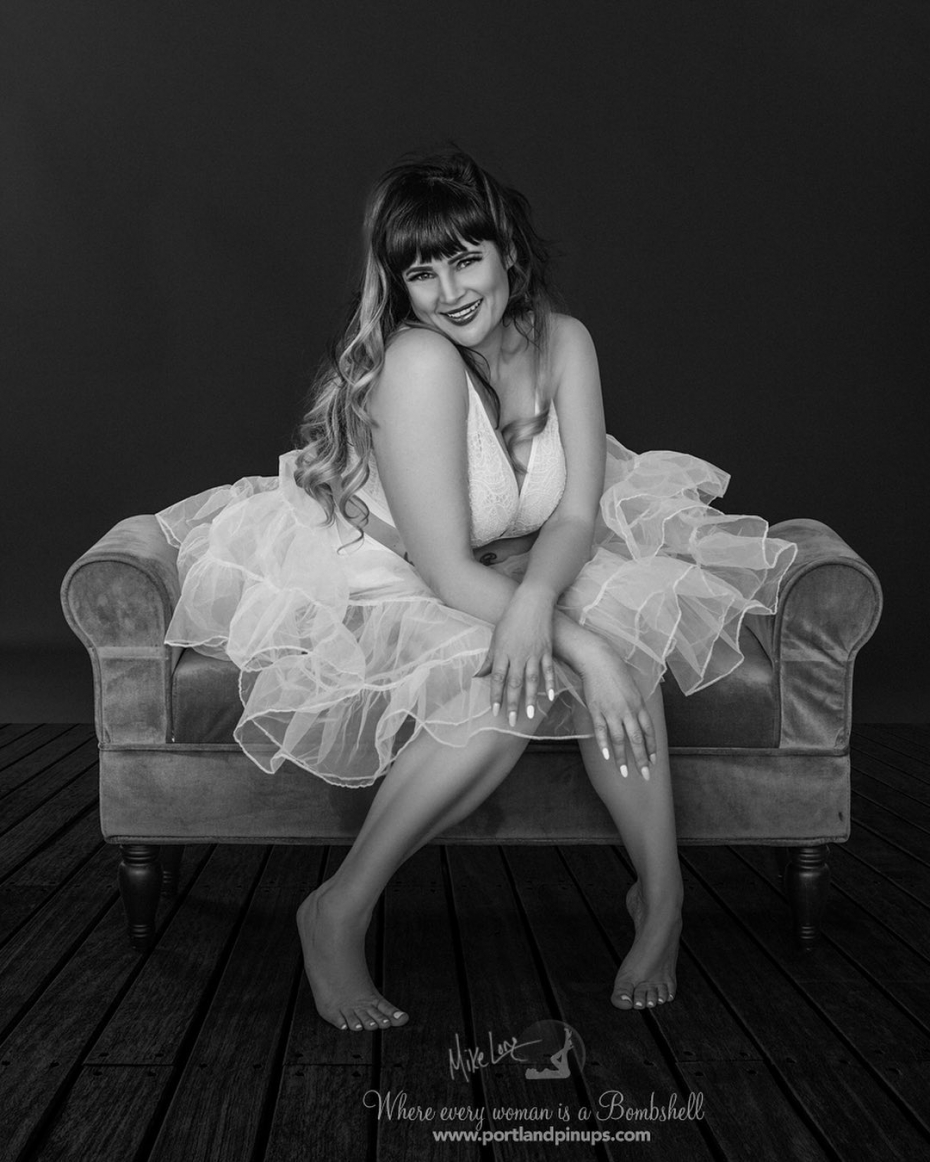 FLIRTY FRIDAYAt Portland Pin-Ups, we believe that EVERY woman is a bombshell, and we love our clients! We appreciate that visiting a professional photographer is rare these days and thank you for choosing us to capture your beauty.Professional hair styling, make-up artistry, lighting, 20 years of posing experience and industry leading retouching...the Portland Pin-Ups Magic. It's why you don't go to the guy who got a camera for Christmas….For curious photographers:Cameras by Nikon. Lights by Photogenic / Paul C Buff. Posing and artwork by 25 years of experience....